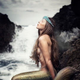 Donnha 4591 by Keith Darmanin - Digital Art People ( lost, sey, creature, sad, fish, art, sea, mermaid, photography, fantasy, sweet, girl, style, kitz klikz, malta, digital art, composition, neptune, keith darmanin, hair, lonely, photoshop )