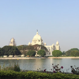 Victoria Memorial by Nilima Sethia - Buildings & Architecture Architectural Detail