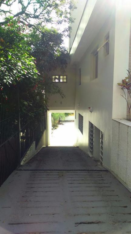 Casa de 4 dormitórios em Vila Conceição, Porto Alegre - RS