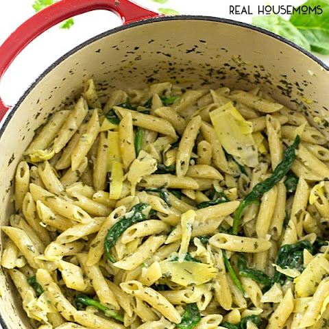 One-Pot Spinach and Artichoke Pasta