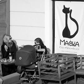 coffee break by Isabella Scotti - City,  Street & Park  Street Scenes