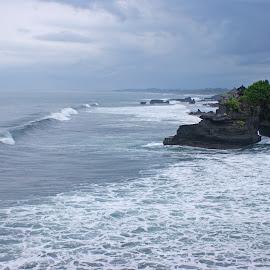 Tanah Lot Bali by Mulawardi Sutanto - Landscapes Beaches ( bali, indonesia, tanah lot, beach, travel, indah )