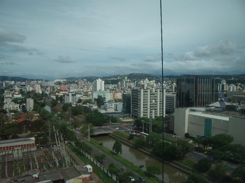 Loft de 1 dormitório em Centro, Porto Alegre - RS