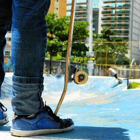 Skateboard by Leonardo Cardoso - Sports & Fitness Skateboarding ( skate, brazil, bowl, skateboard, sk8 )