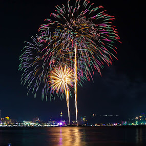 Pattaya Fireworks Festival by John Greene - News & Events Entertainment ( fireworks, show, festival, pattaya, colours, competition )