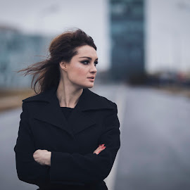 by Razvan Teodoreanu - Uncategorized All Uncategorized ( girl, street, morning, alone, redhair, black )