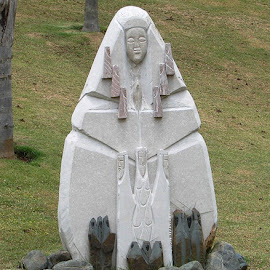 Taino Statue by Ada Irizarry-Montalvo - Buildings & Architecture Statues & Monuments