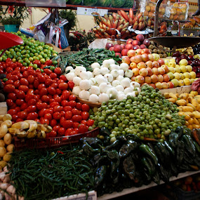 by Cristobal Garciaferro Rubio - City,  Street & Park  Markets & Shops ( pwcmarkets )