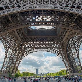 The Eiffel Tower in Paris by Marcin Frąckiewicz - Buildings & Architecture Architectural Detail ( paris, eiffel tower )