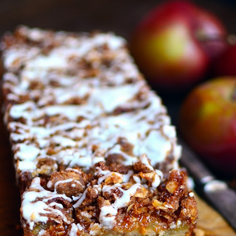 Oatmeal Apple Coffee Cake