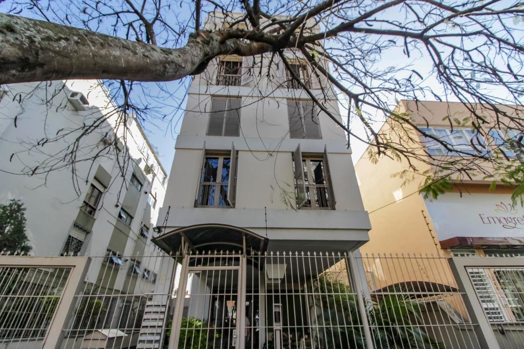 Apartamento 3 dormitorios, 1 suite  e 1 vaga no Bairro Petrópolis