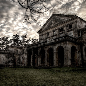 Haunted? by Giancarlo Ferraro - Buildings & Architecture Public & Historical ( scary, old, gothic, mansion, villa, dark, house )