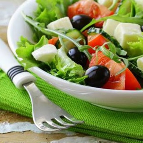 Healthy Homemade Garden Salad