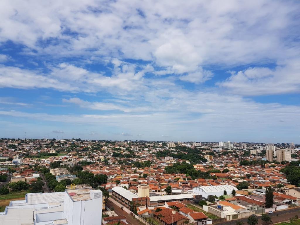 Apartamento com 3 dormitórios à venda, 127 m² por R$ 420.000 - Estados Unidos - Uberaba/MG