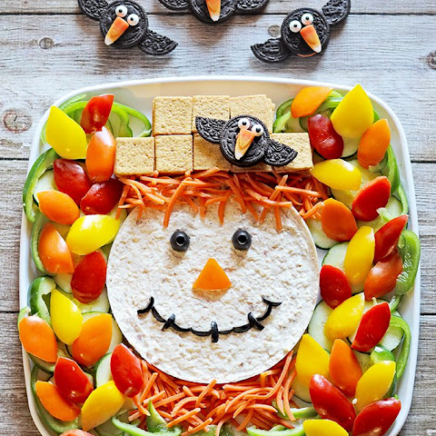 Scarecrow Dip Platter and Oreo Crows! {Halloween Snacks}