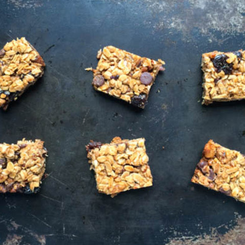 Chewy Chocolate Pecan Chip Granola Bars