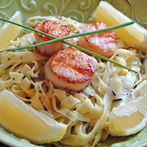 Seared Scallops with Fettuccine