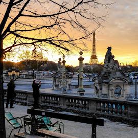 Sunset in Paris by Anatoliy Kosterev - City,  Street & Park  Historic Districts ( paris, sculpture, tourist, autumn, sunset )