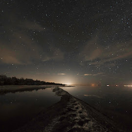by Larry Rogers - Landscapes Starscapes