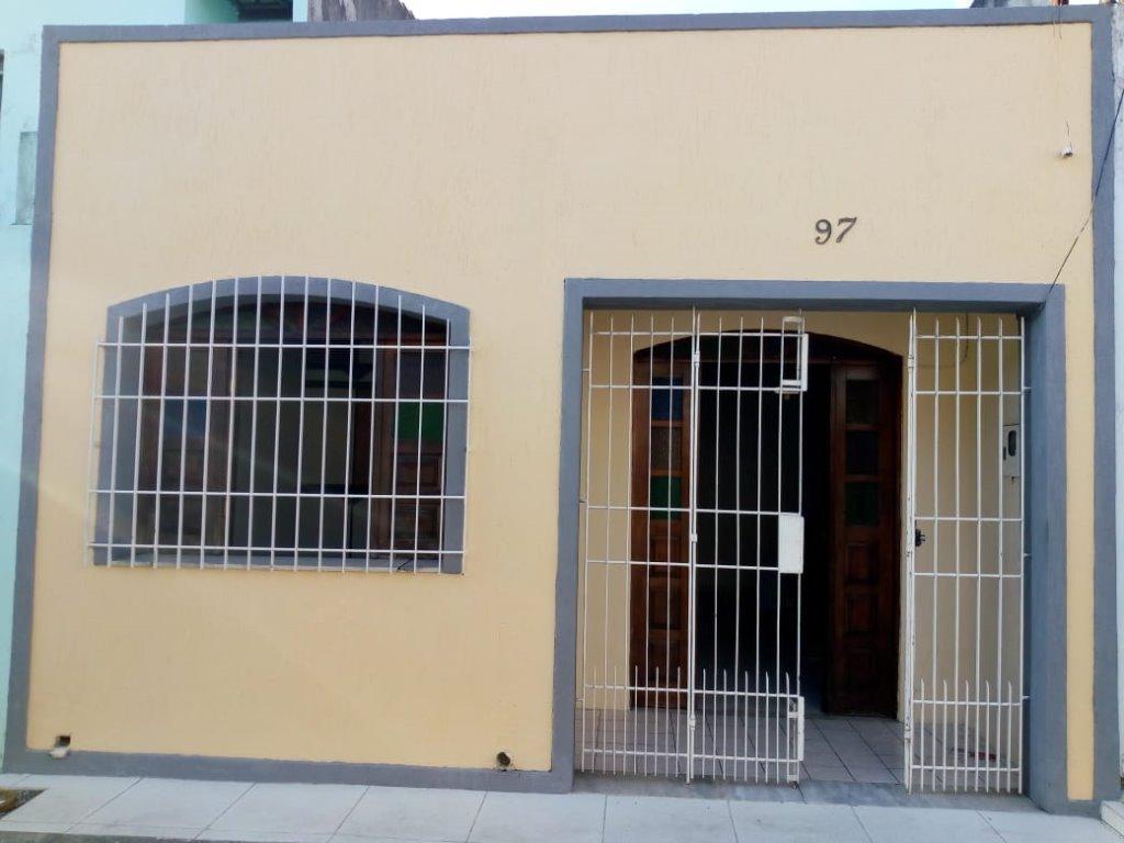 Casa com 3 dormitórios à venda, 65 m² por R$ 150.000 - Olhos D Água - Feira de Santana/BA