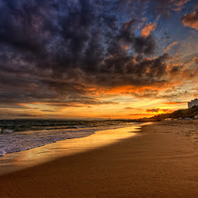 Sunset ... by Pawel Tomaszewicz - Landscapes Waterscapes ( canon, water, clouds, sand, europe, hdr, colors, beautiful, sea, beach, bournemouth, colours, dri, hdri, poole, england, sky, chmury, sunset, view, sunrise, anglia, dorset )