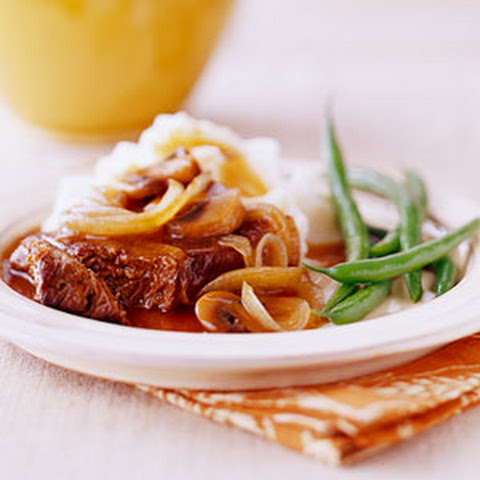 Mushroom and Onion Sauced Round Steak