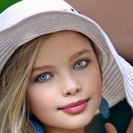 lindsey my white hat by Sylvester Fourroux - Babies & Children Child Portraits