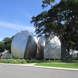 Odd Building by David Jarrard - Buildings & Architecture Architectural Detail ( artistic building, designs, buildings, mississippi )