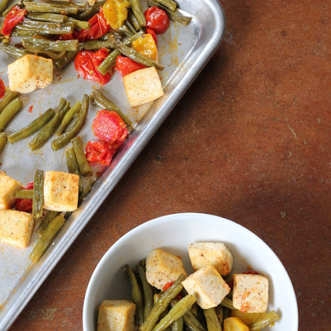 Spicy Roasted Green Beans and Cherry Tomatoes with Tofu