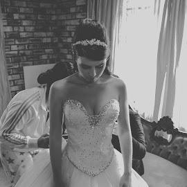 by Swan Photography - Wedding Getting Ready