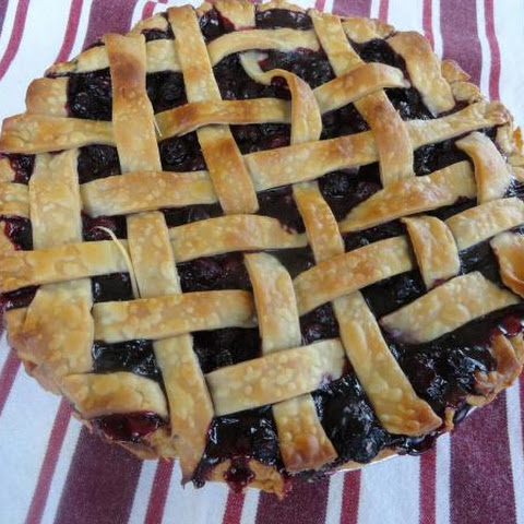 Simple, Very Blueberry Flavored Pie