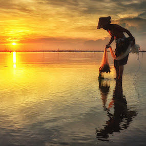 After by Hendri Suhandi - People Street & Candids ( fineart, sunrise, beach, fisherman, people, portrait )