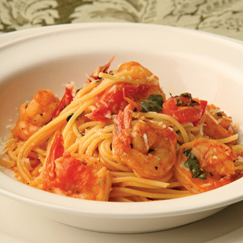 Pasta with Cherry Tomatoes, Basil and Shrimp