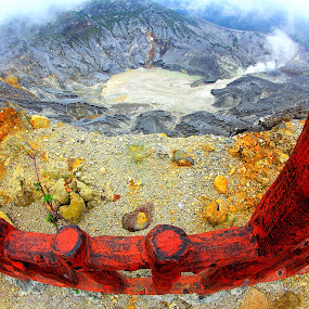 Queen Crater by Kadetz Soewoko - Landscapes Travel ( mountains, nature, indonesia, travel, landscape, bandung )