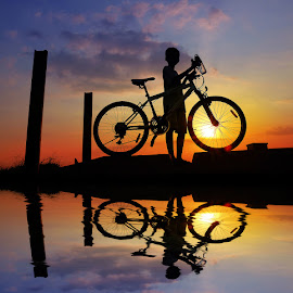 ngepit by Indra Prihantoro - Transportation Bicycles ( sunset, sunrise, bicycle )