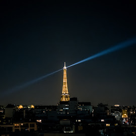 Eiffel Tower, Paris by Jan Tielens - City,  Street & Park  Night ( eiffel tower, paris, city, night, france, europe, lights )