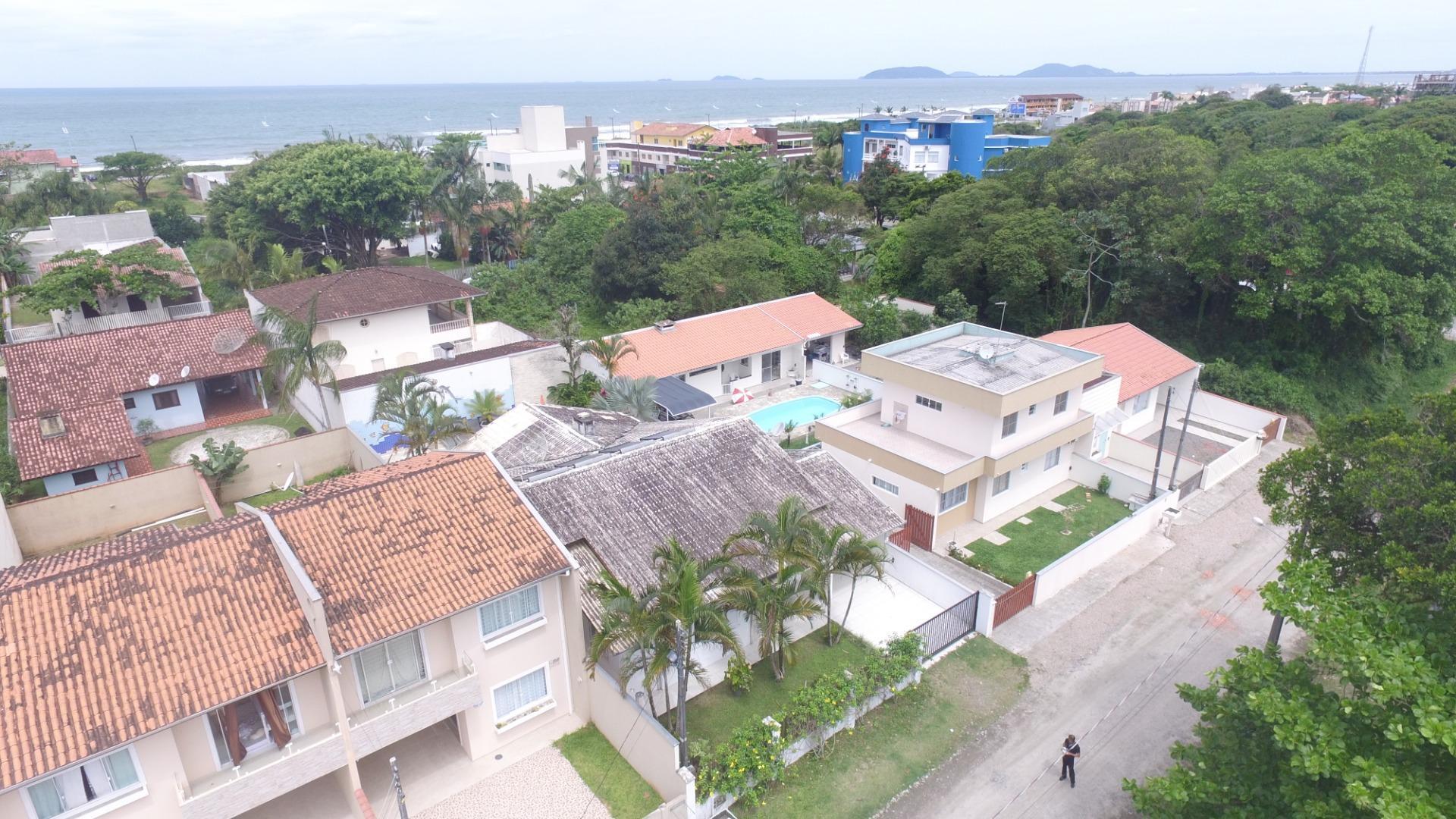 Casa com 3 dormitórios à venda, 165 m² por R$ 750.000,00 - Jardim Perola do Atlântico - Itapoá/SC