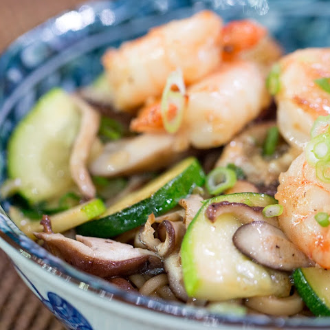 Shrimp and Udon Noodle Stir Fry