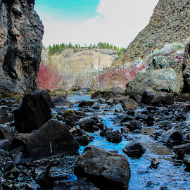 Rock River  by Braidon Everts - Landscapes Caves & Formations ( canon, california, rebel, rocks, river )