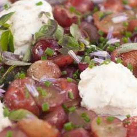 Chèvre With Sautéed Grapes