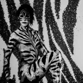 Zebra pattern leg by Rob Casey - People Body Art/Tattoos ( b/w, girl, topless, color, black and white, naked, woman, highlighter, zebra, glow, body paint )