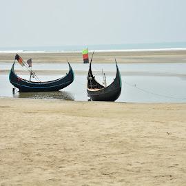 Nidania Beach, Cox's Bazar by Rafat Adnan - Landscapes Beaches ( water, sand, blue sky, blue, sea, ocean, sandy, beach, boat )
