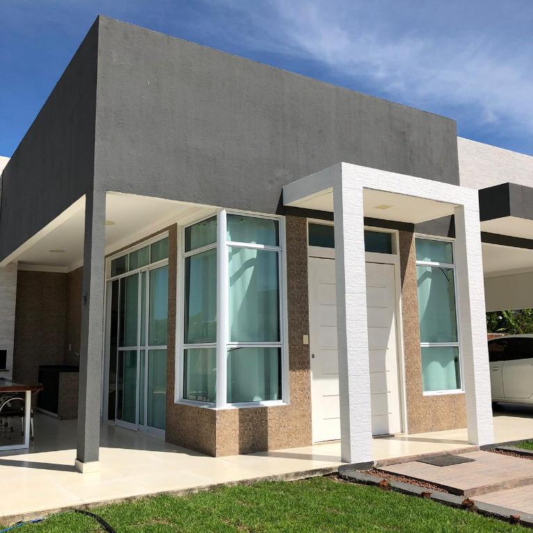 Casa com 4 dormitórios à venda, 268 m² por R$ 870.000,00 - Cidade dos Colibris - João Pessoa/PB