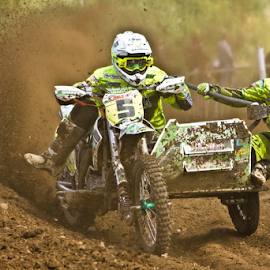 by Mike Ross - Sports & Fitness Motorsports ( northampton, mud, motocross, mike ross, milton malsor, sidecar, mx, acu )