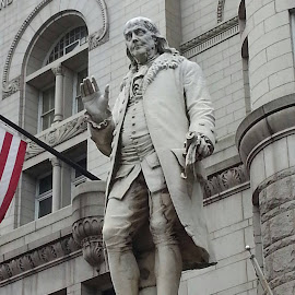 Ben Franklin... by Arlita Baptista - Buildings & Architecture Statues & Monuments