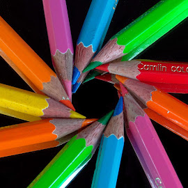 Colour Bonding by Asif Bora - Artistic Objects Education Objects