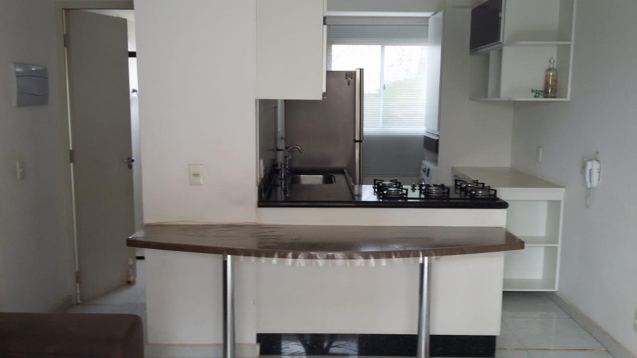 Apartamento com 2 dormitórios à venda, 50 m² por R$ 235.000