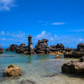 Tobacco Bay, St. George's, Bermuda by Linda Antenucci - Landscapes Waterscapes (  )