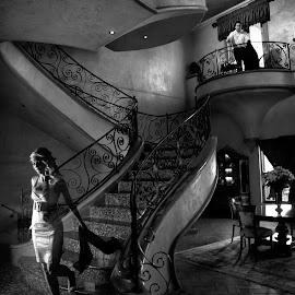 Don't leave  by Jaco Janse - People Couples ( jacojanse photography, prewedding, couple, wedding photographer, engagement )