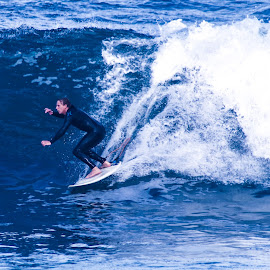 Surfing7 by Mark Holden - Sports & Fitness Surfing